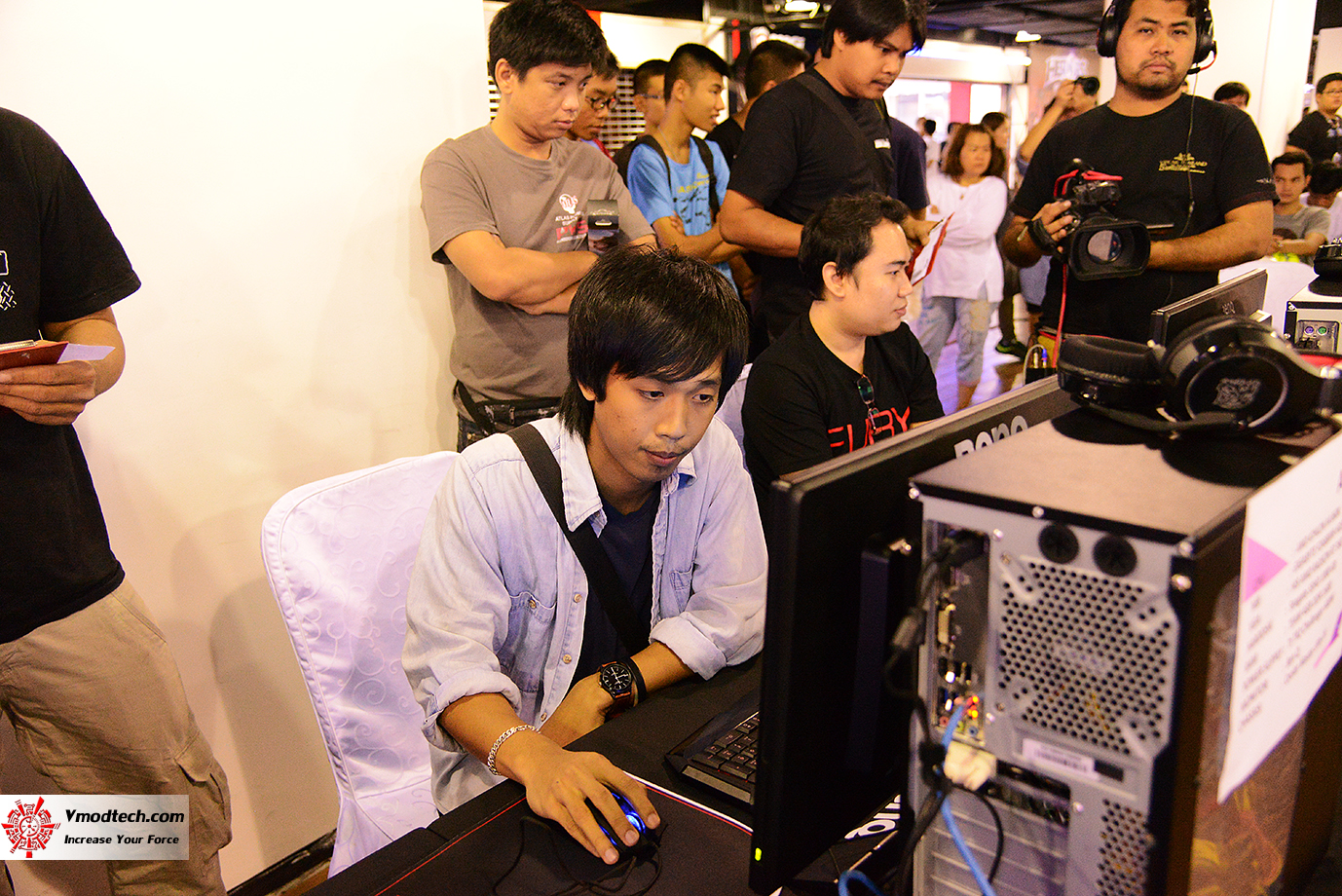 dsc 6677 AMD OMG! Party 2015 (AMD Overclock Modding Gaming Party 2015)