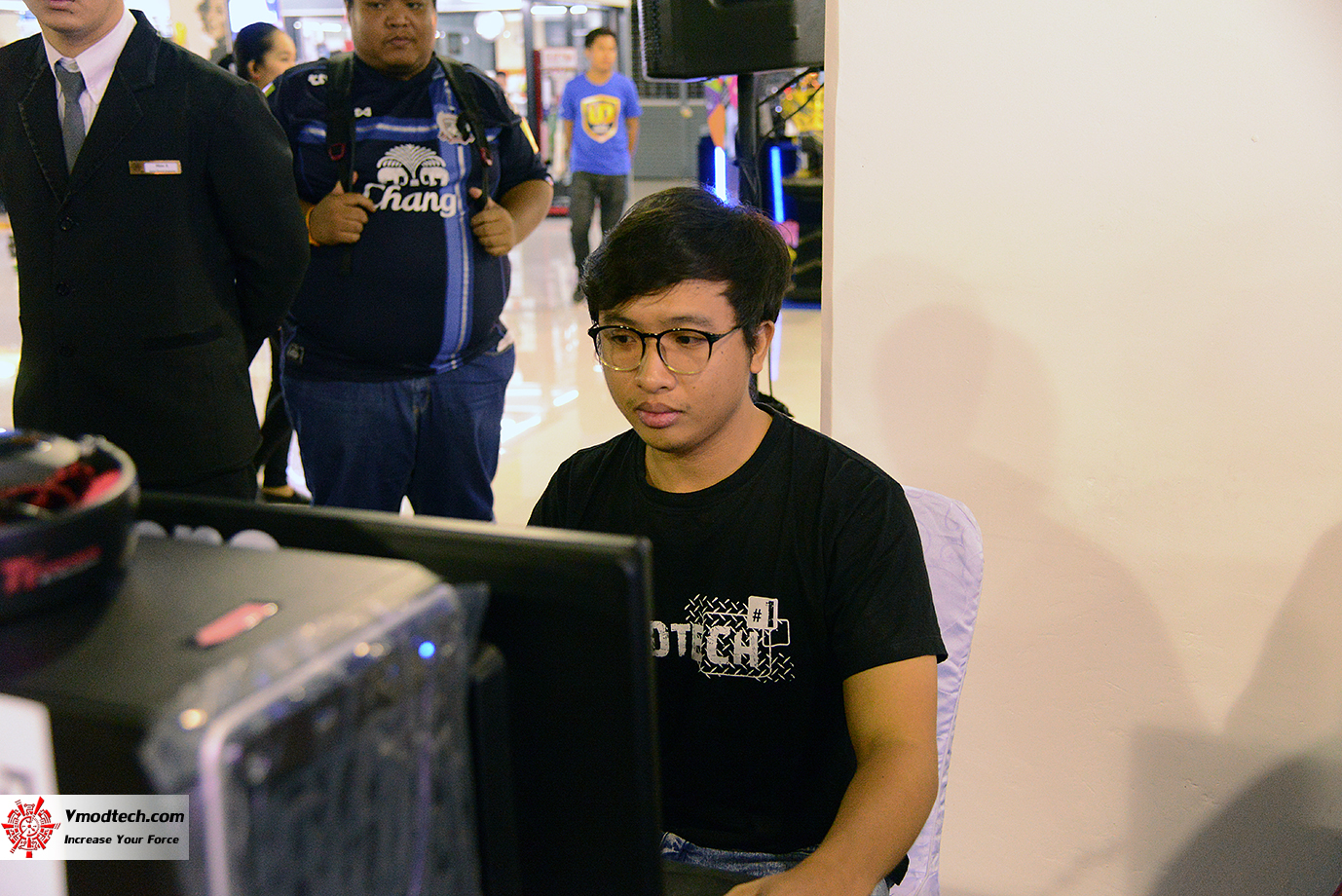 dsc 6704 AMD OMG! Party 2015 (AMD Overclock Modding Gaming Party 2015)