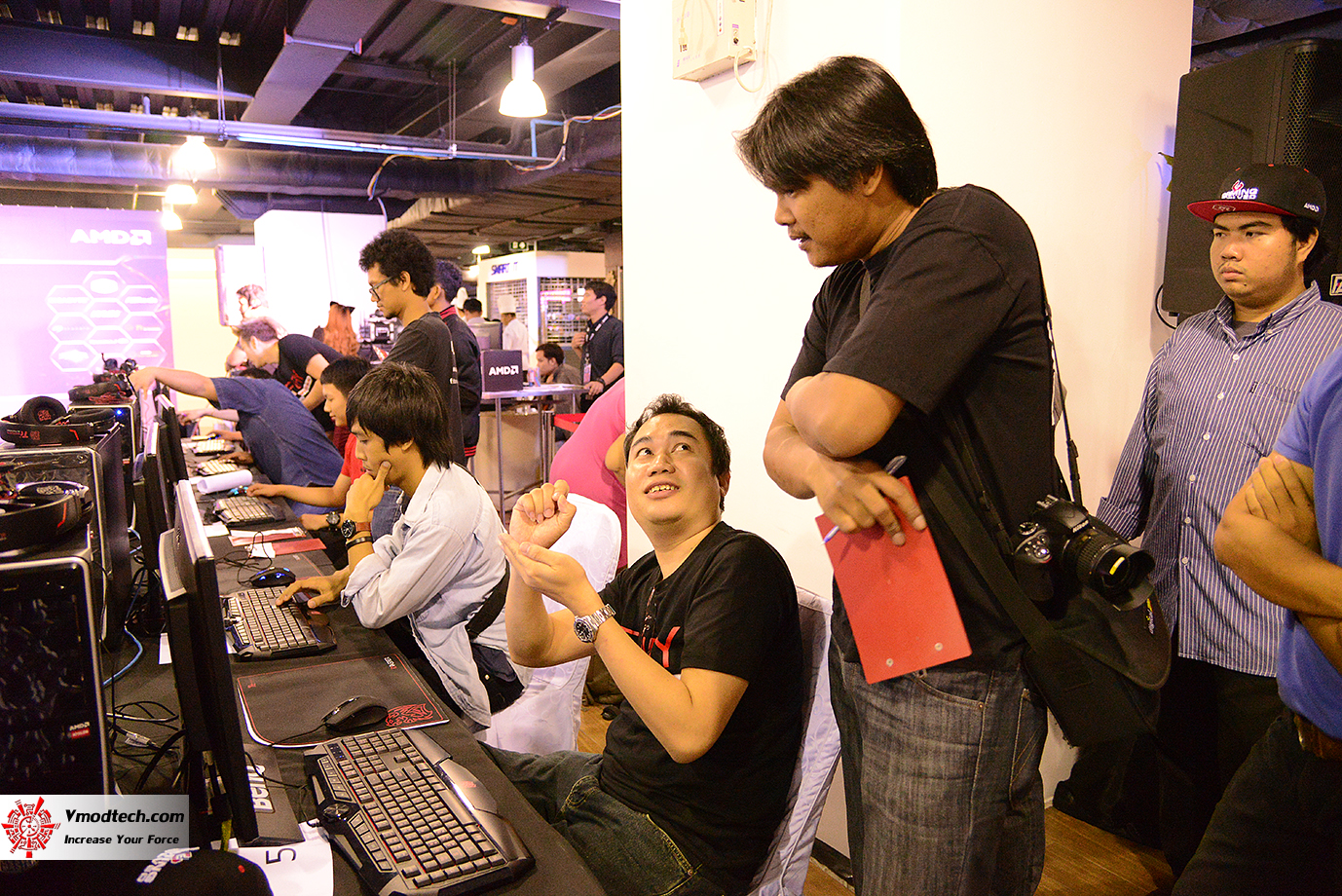 dsc 6724 AMD OMG! Party 2015 (AMD Overclock Modding Gaming Party 2015)