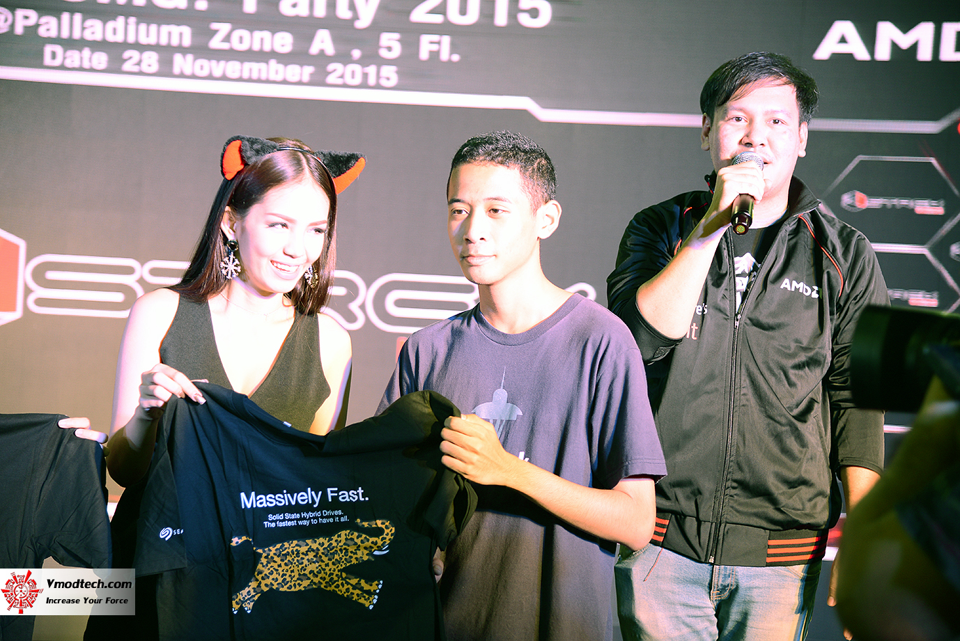 dsc 6932 AMD OMG! Party 2015 (AMD Overclock Modding Gaming Party 2015)