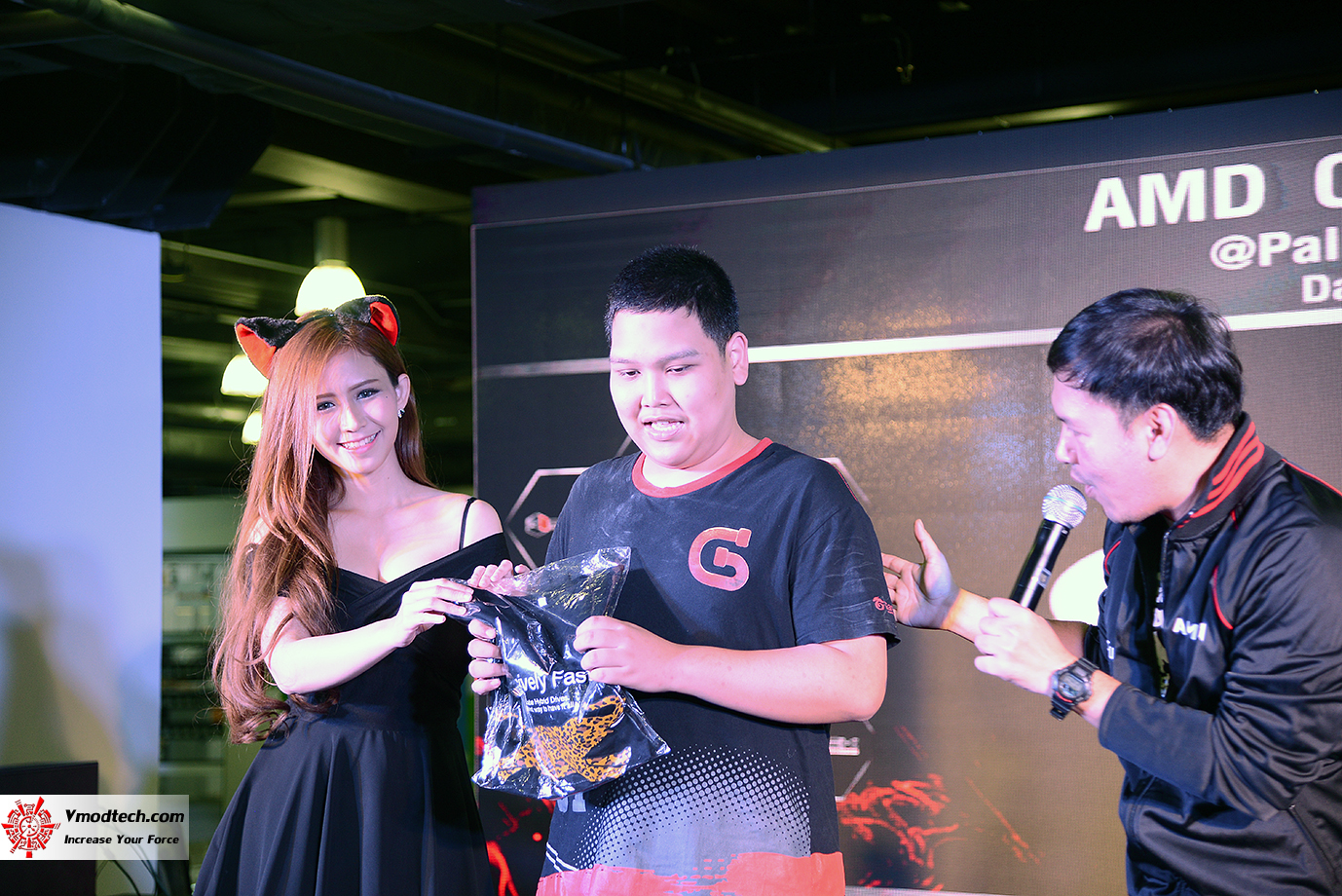 dsc 6956 AMD OMG! Party 2015 (AMD Overclock Modding Gaming Party 2015)