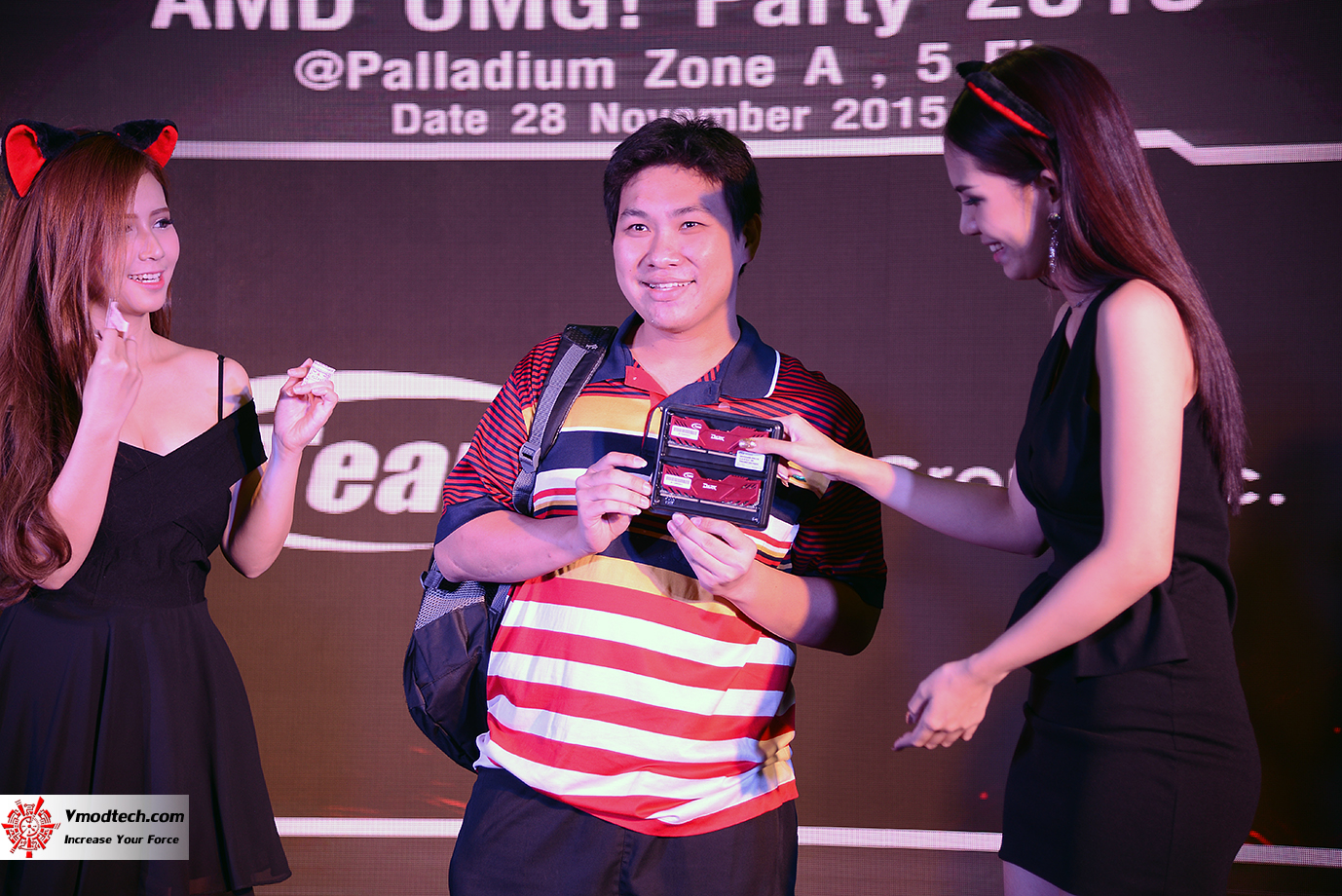 dsc 6960 AMD OMG! Party 2015 (AMD Overclock Modding Gaming Party 2015)