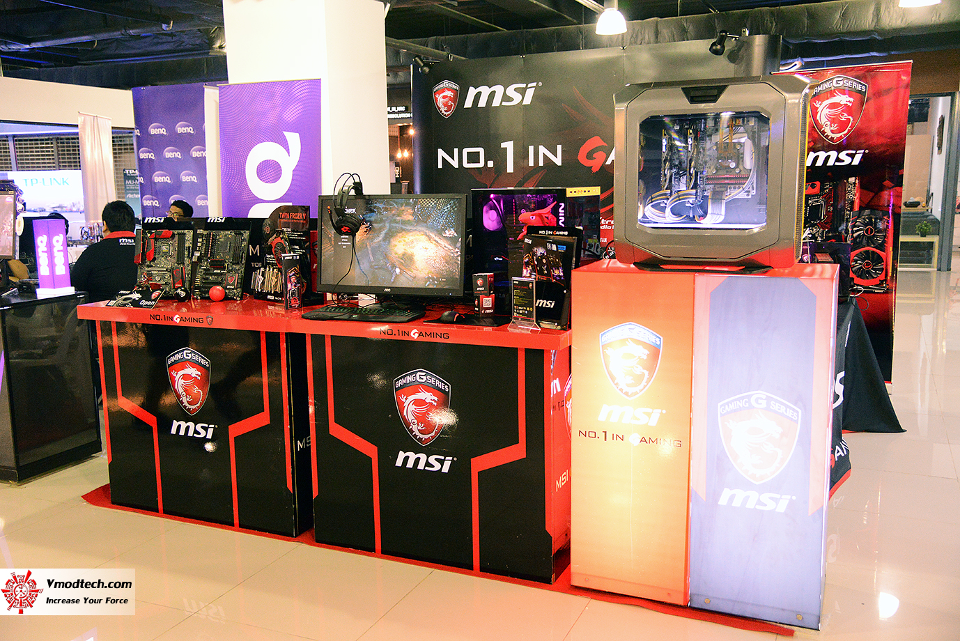 dsc 7612 AMD OMG! Party 2015 (AMD Overclock Modding Gaming Party 2015)