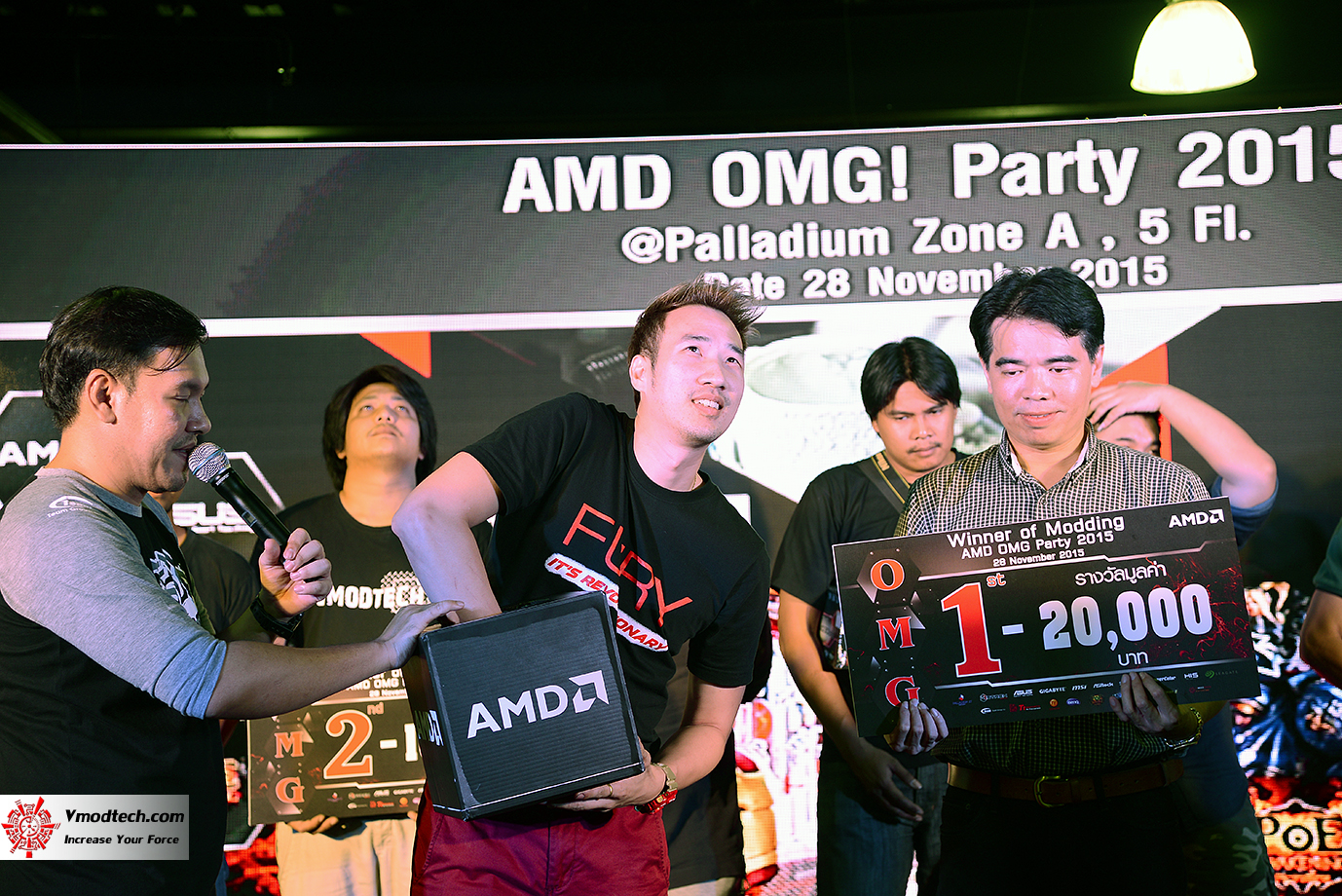 dsc 8107 AMD OMG! Party 2015 (AMD Overclock Modding Gaming Party 2015)
