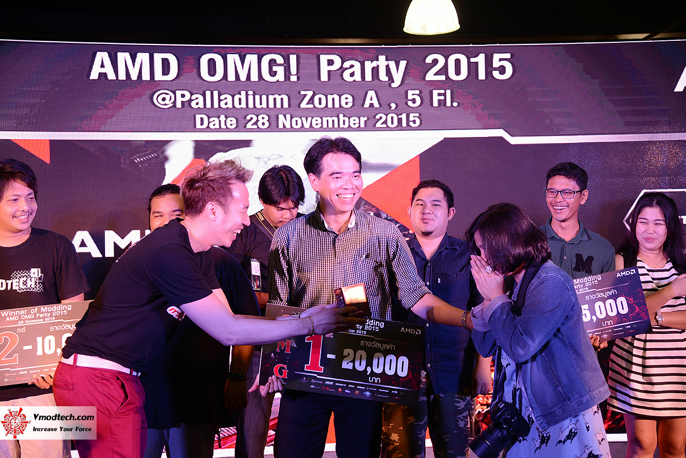 dsc 8114 AMD OMG! Party 2015 (AMD Overclock Modding Gaming Party 2015)