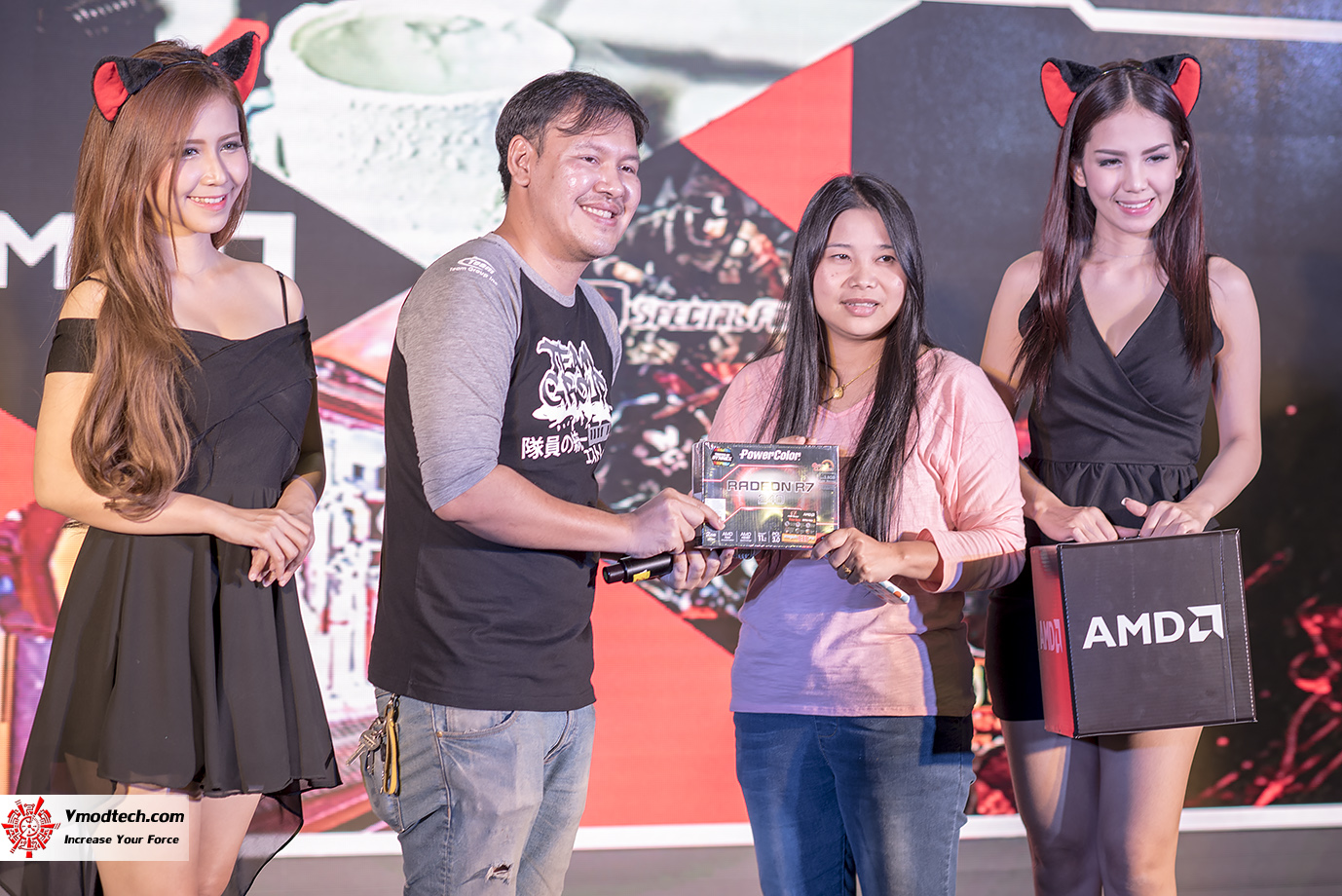 dsc 3093 AMD OMG! Party 2015 (AMD Overclock Modding Gaming Party 2015)