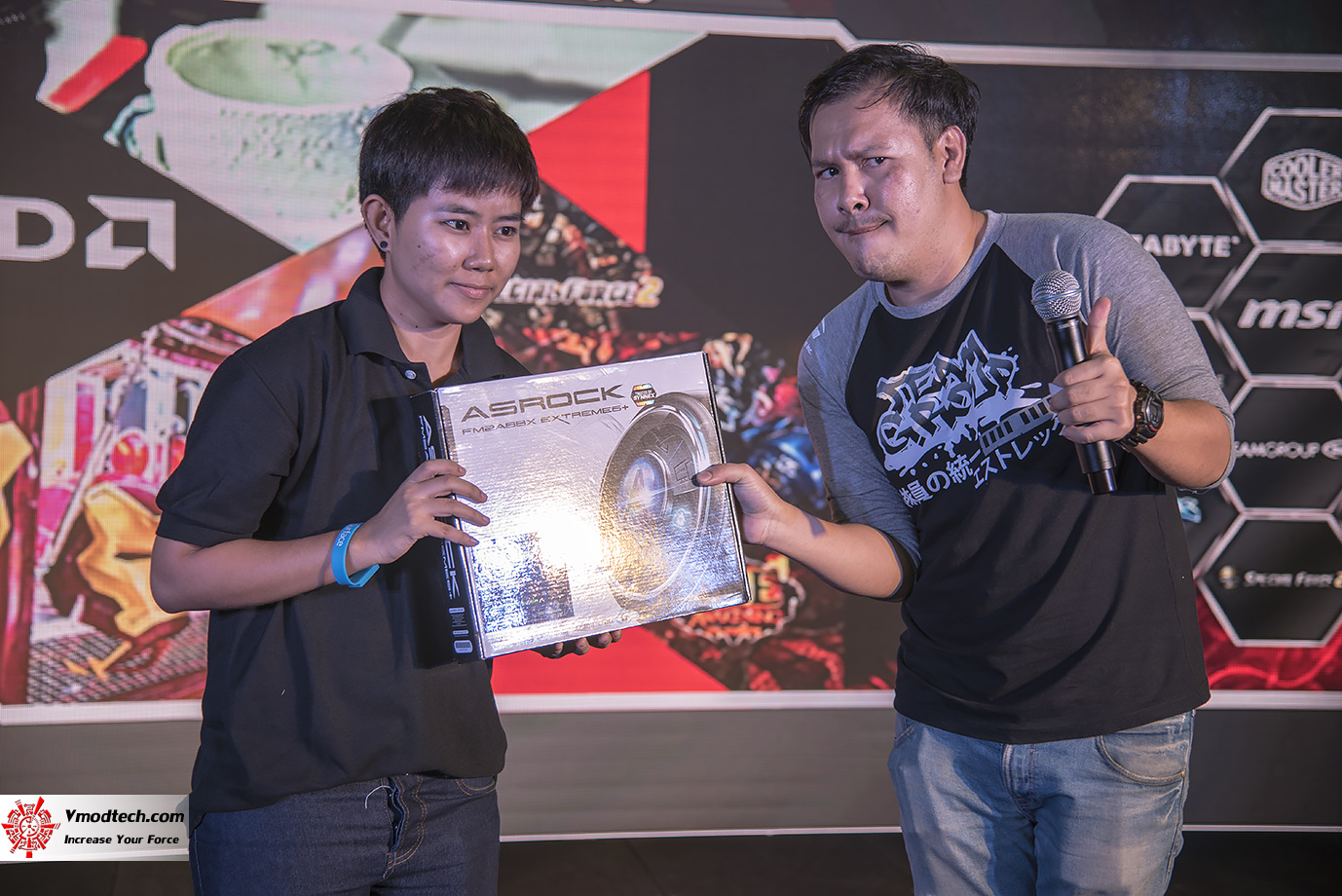 dsc 3234 AMD OMG! Party 2015 (AMD Overclock Modding Gaming Party 2015)