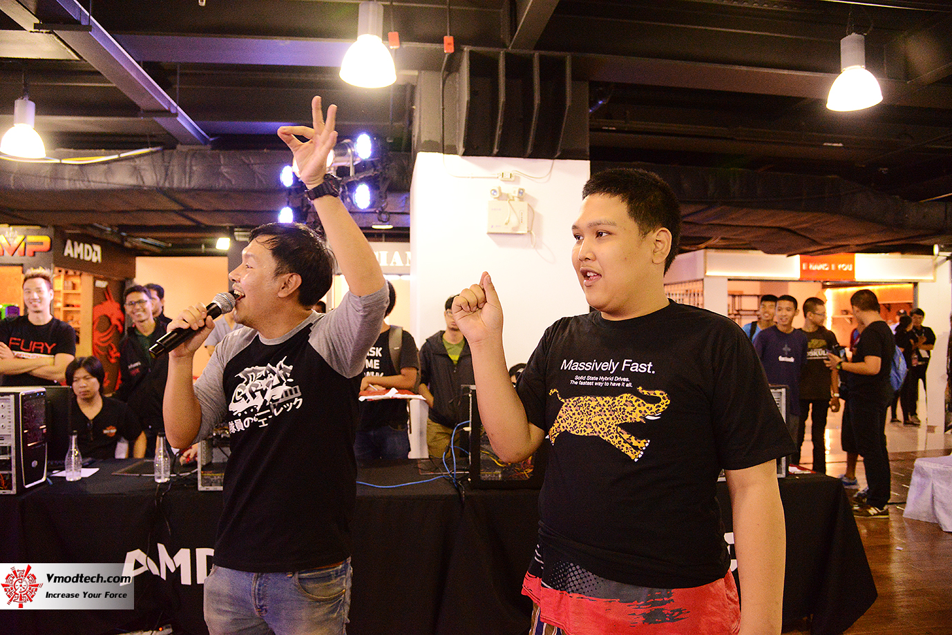 dsc 7261 AMD OMG! Party 2015 (AMD Overclock Modding Gaming Party 2015)