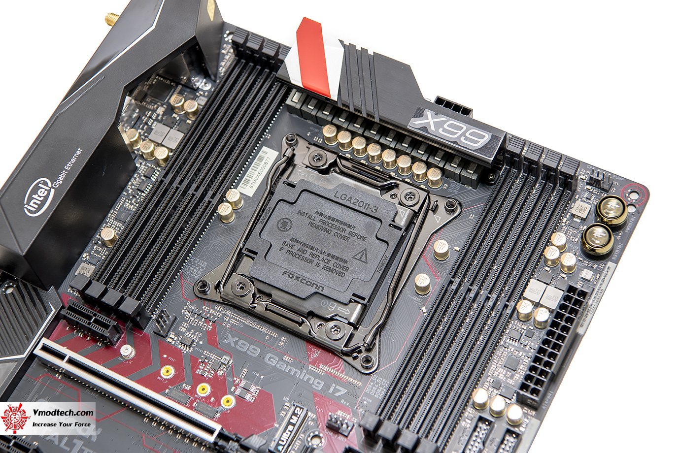 dsc 1970 ASRock Fatal1ty X99 Professional Gaming i7 Motherboard Review