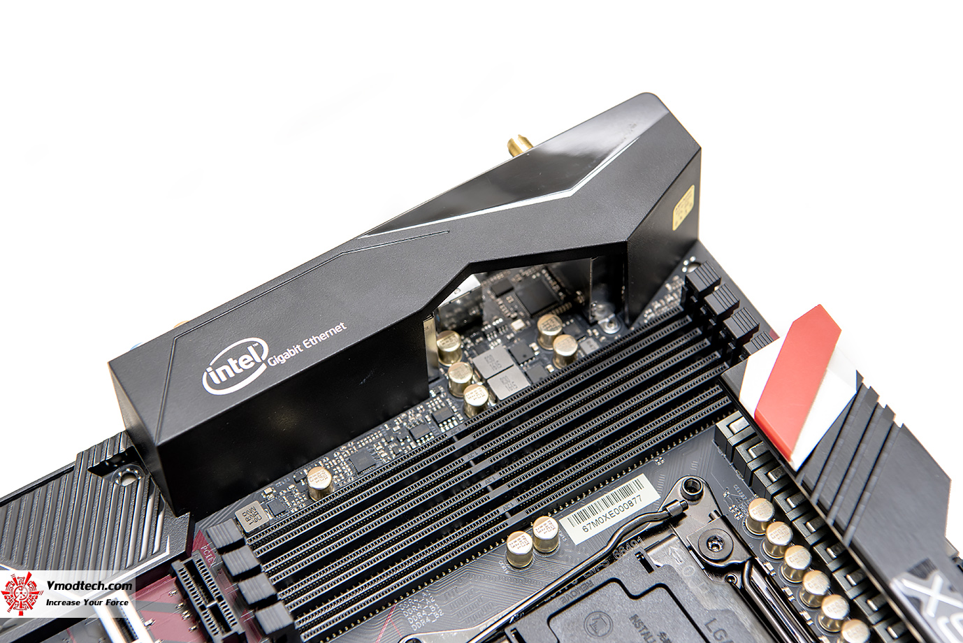 dsc 1975 ASRock Fatal1ty X99 Professional Gaming i7 Motherboard Review