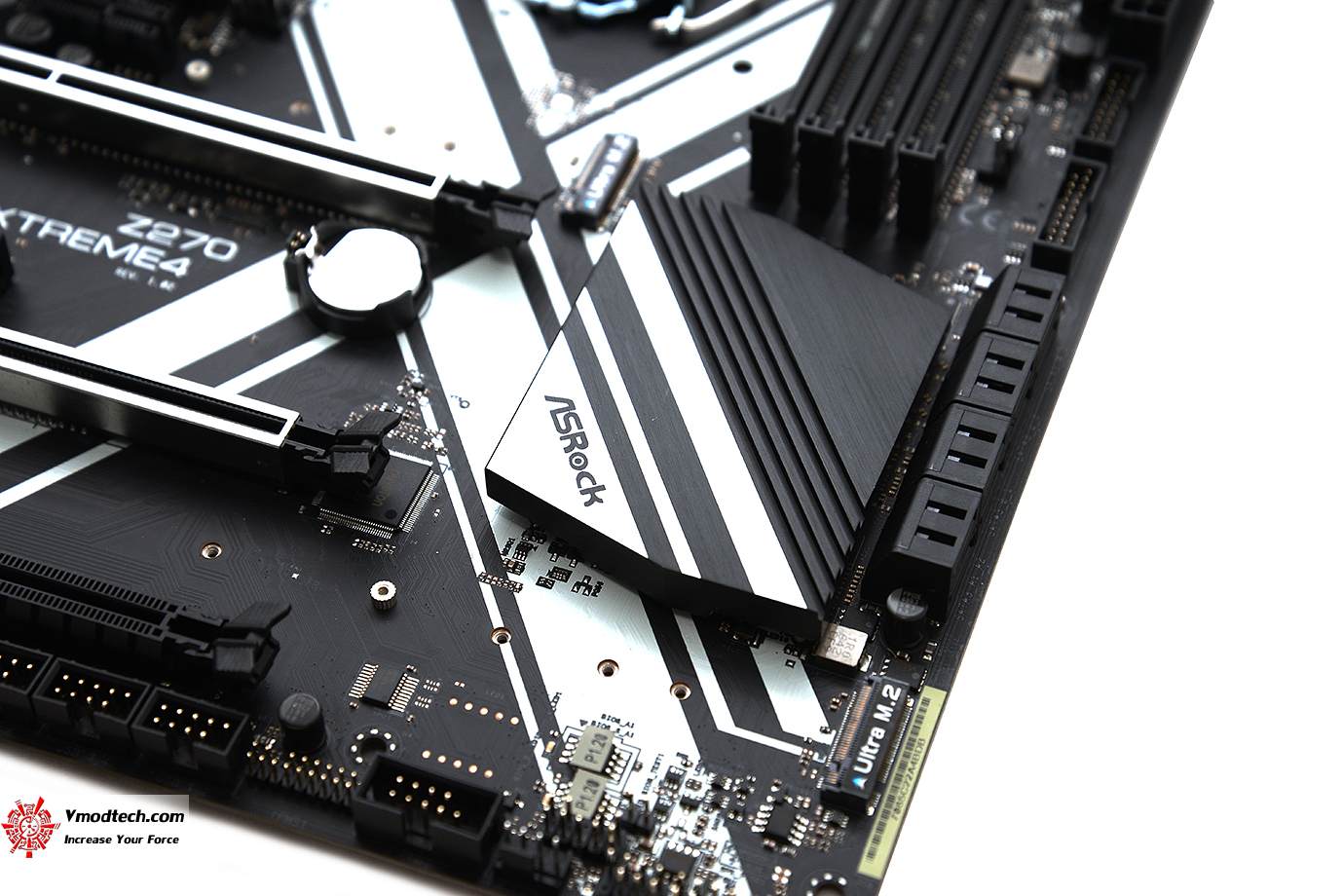 dsc 0468 ASRock Z270 Extreme4 Review