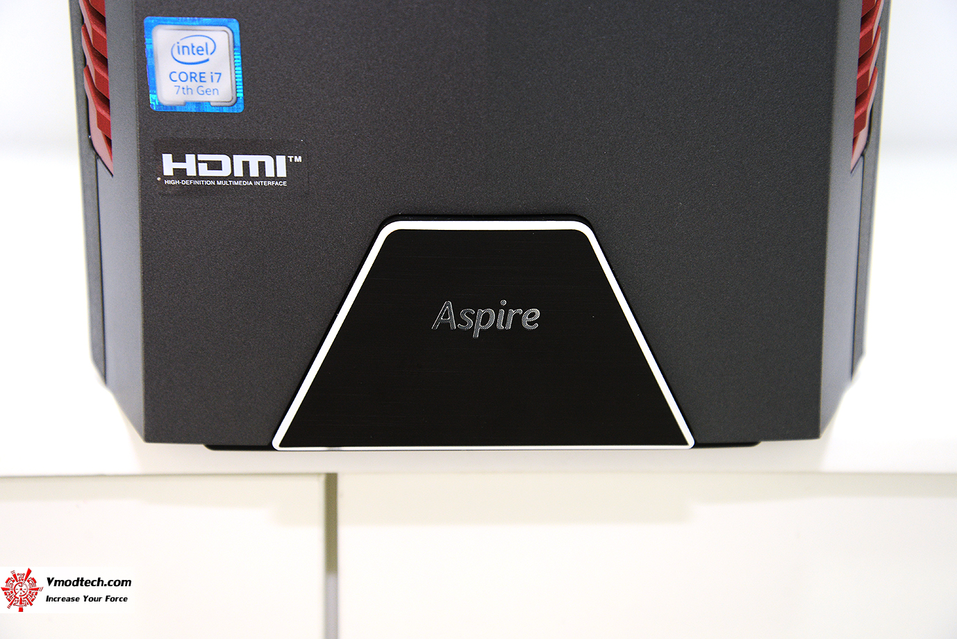 dsc 7777 Acer Aspire GX 785 Review