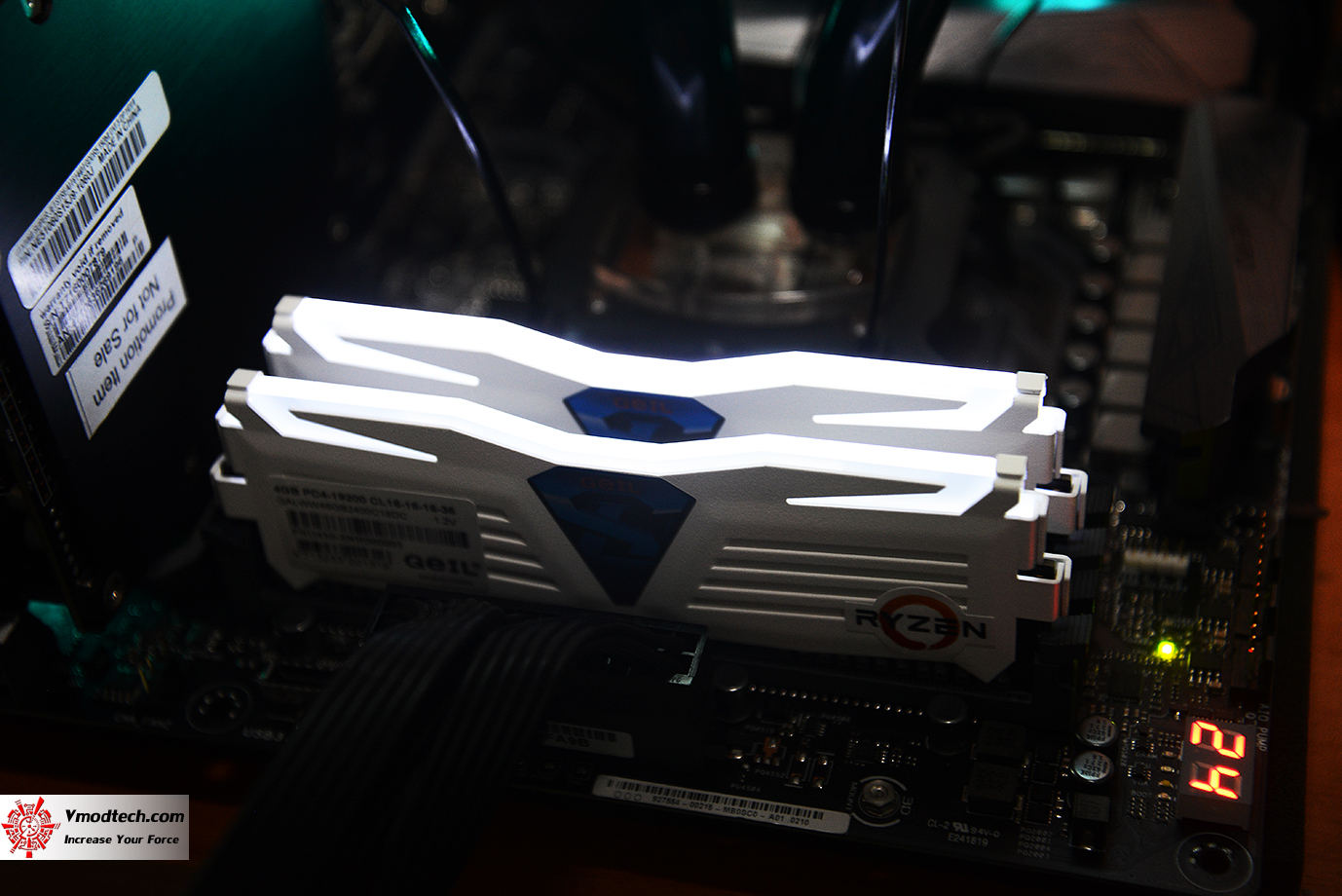 dsc 0393 GEIL DDR4 2400Mhz SUPER LUCE Series AMD Edition Review