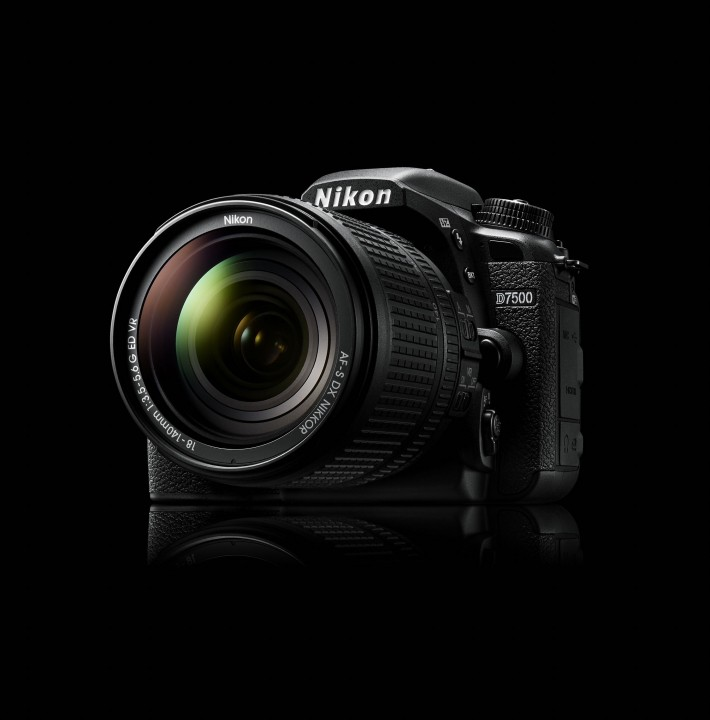 d7500 snapbridge 710x720 นิคอน D7500 คว้ารางวัล EISA Prosumer DSLR Camera 2017 2018 สุดยอดกล้อง DSLR ฟอร์แมต DX จากนิคอนคว้ารางวัลอันทรงเกียรติด้านเทคโนโลยีและการถ่ายภาพจากยุโรป