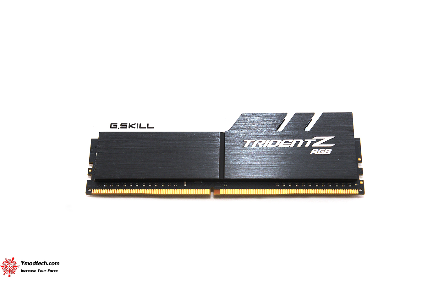 dsc 2924 G.SKILL Trident Z RGB DDR4 3200MHz 32GB (8GBx4) Quad Channel Review