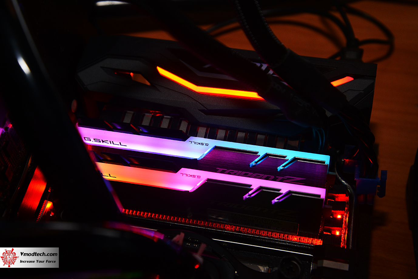 dsc 2989 G.SKILL Trident Z RGB DDR4 3200MHz 32GB (8GBx4) Quad Channel Review