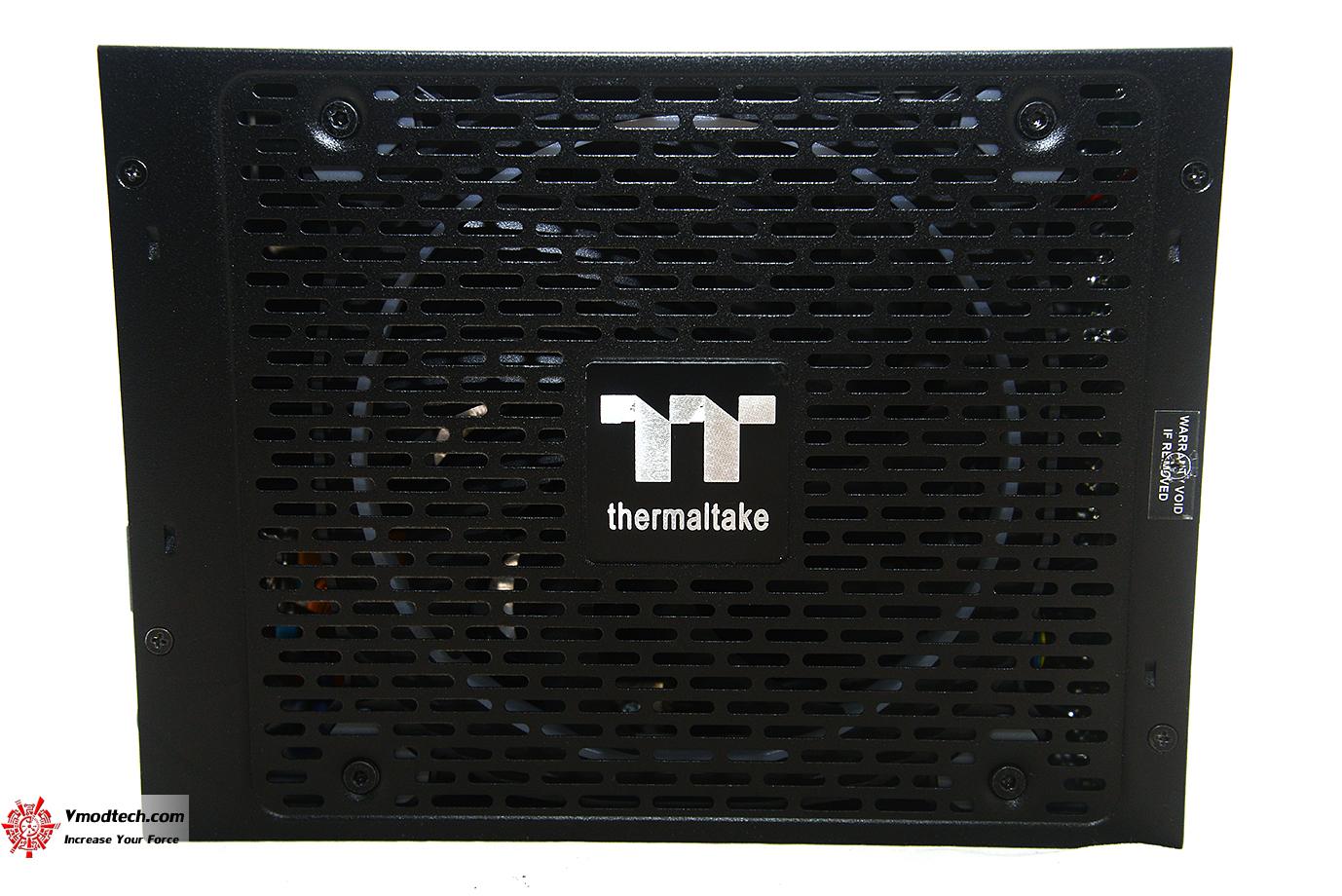 dsc 2565 Thermaltake Toughpower iRGB PLUS 1250W Titanium   TT Premium Edition Review