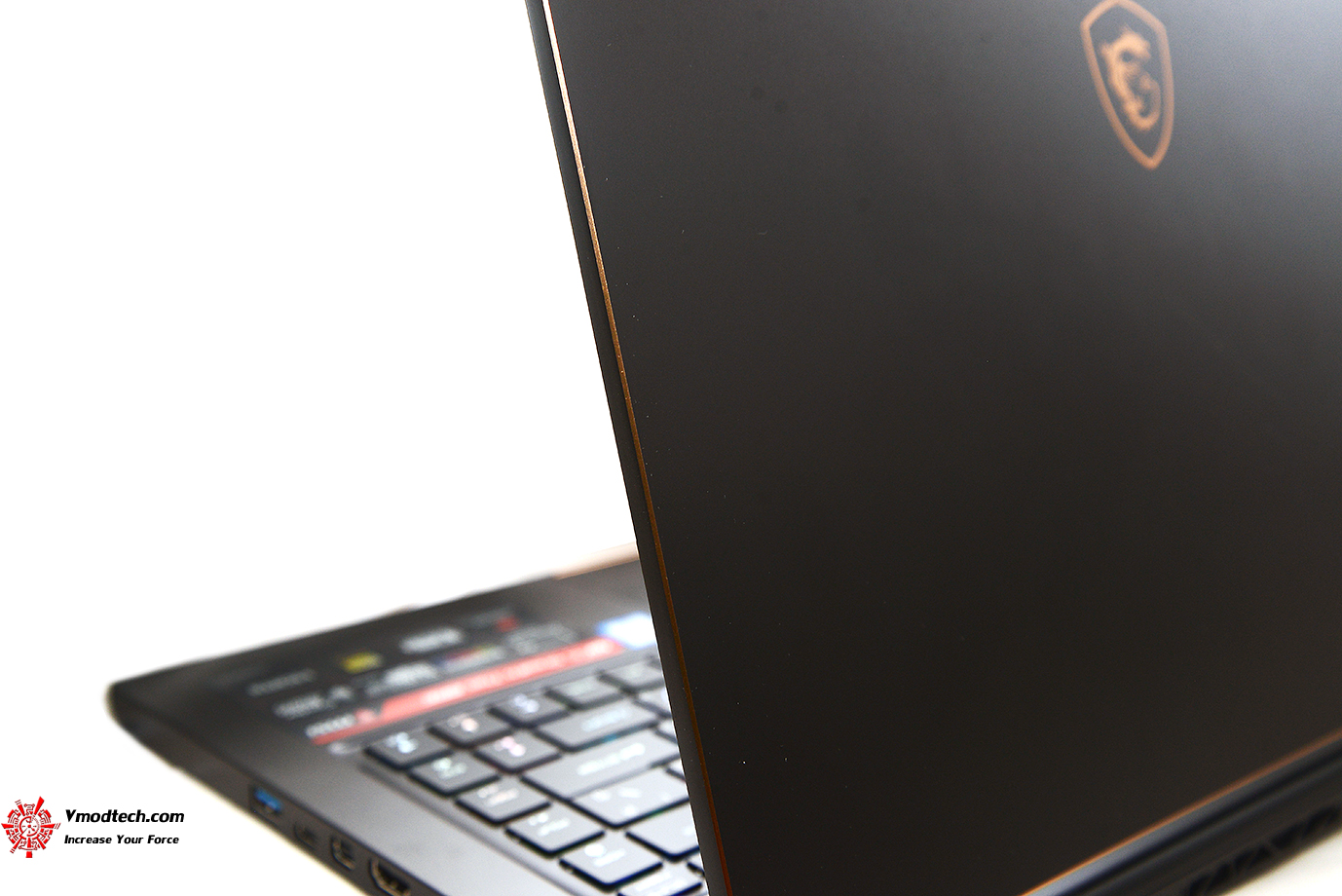 dsc 5142 MSI GS65 Stealth Thin 8RE Review