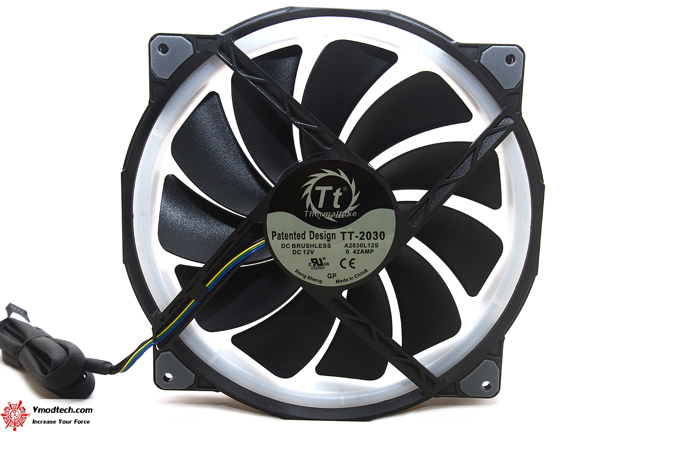 dsc 6593 Thermaltake Riing Plus 20 RGB Case Fan TT Premium Edition (Single Fan Pack w/o Controller) Review