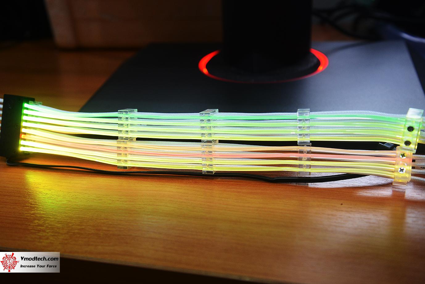 dsc 8745 Lian Li Strimer 8Pin RGB Cable Review
