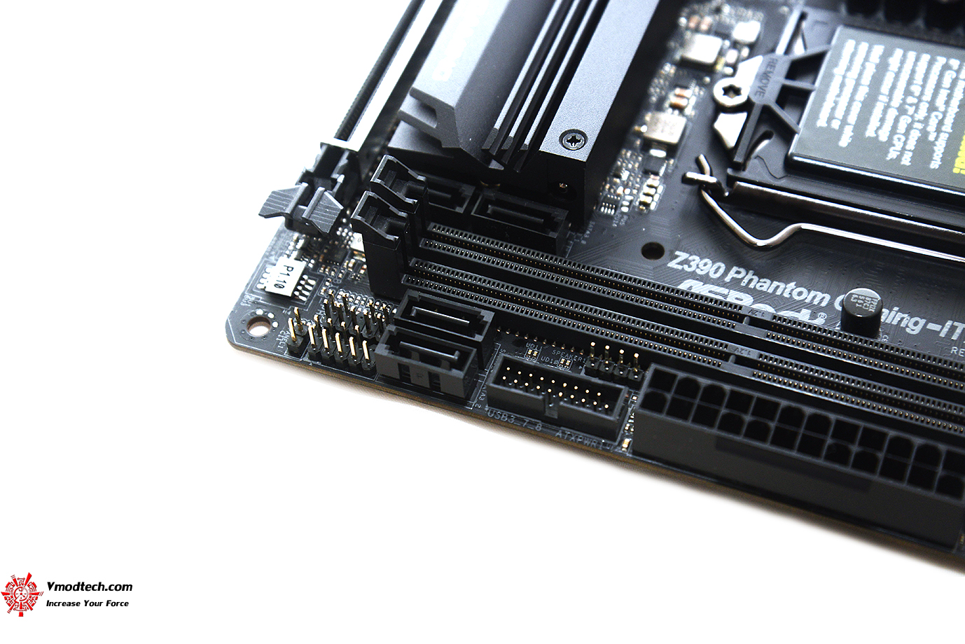 dsc 9741 ASRock Z390 Phantom Gaming ITX/ac Review