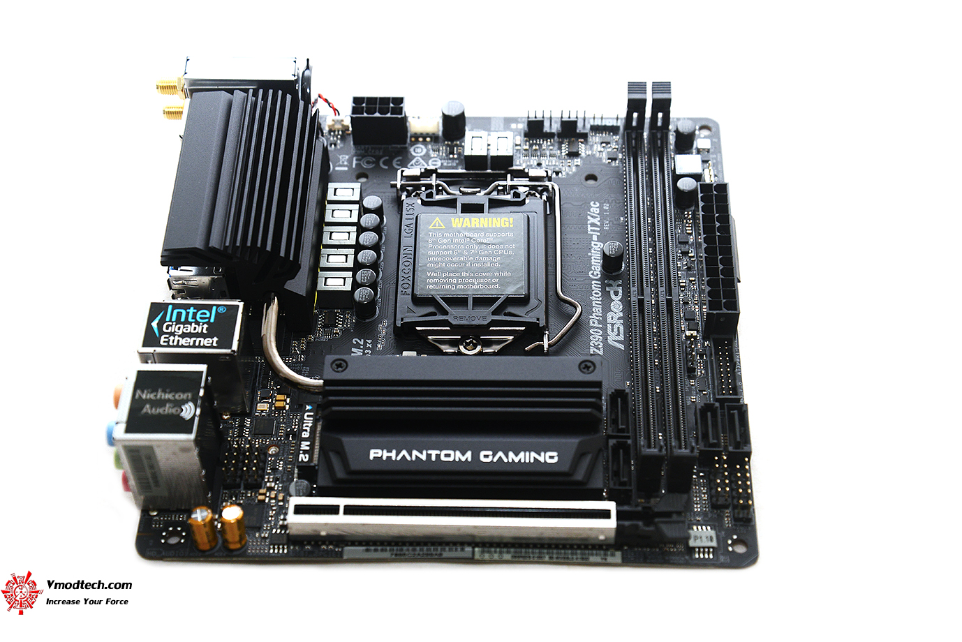 dsc 9770 ASRock Z390 Phantom Gaming ITX/ac Review