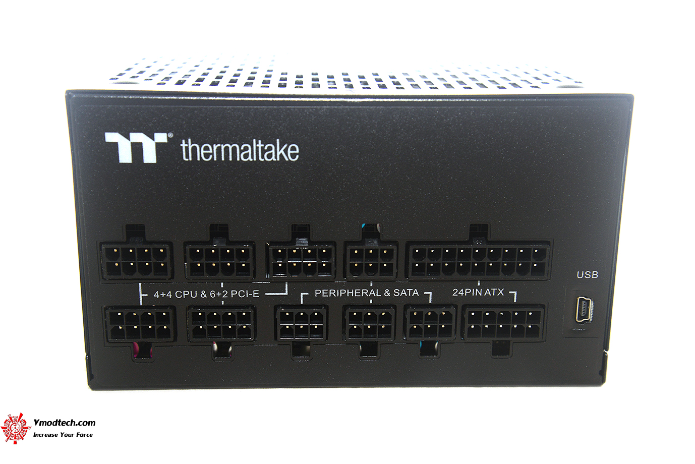 dsc 1477 Thermaltake Toughpower iRGB PLUS 1050W Platinum Review