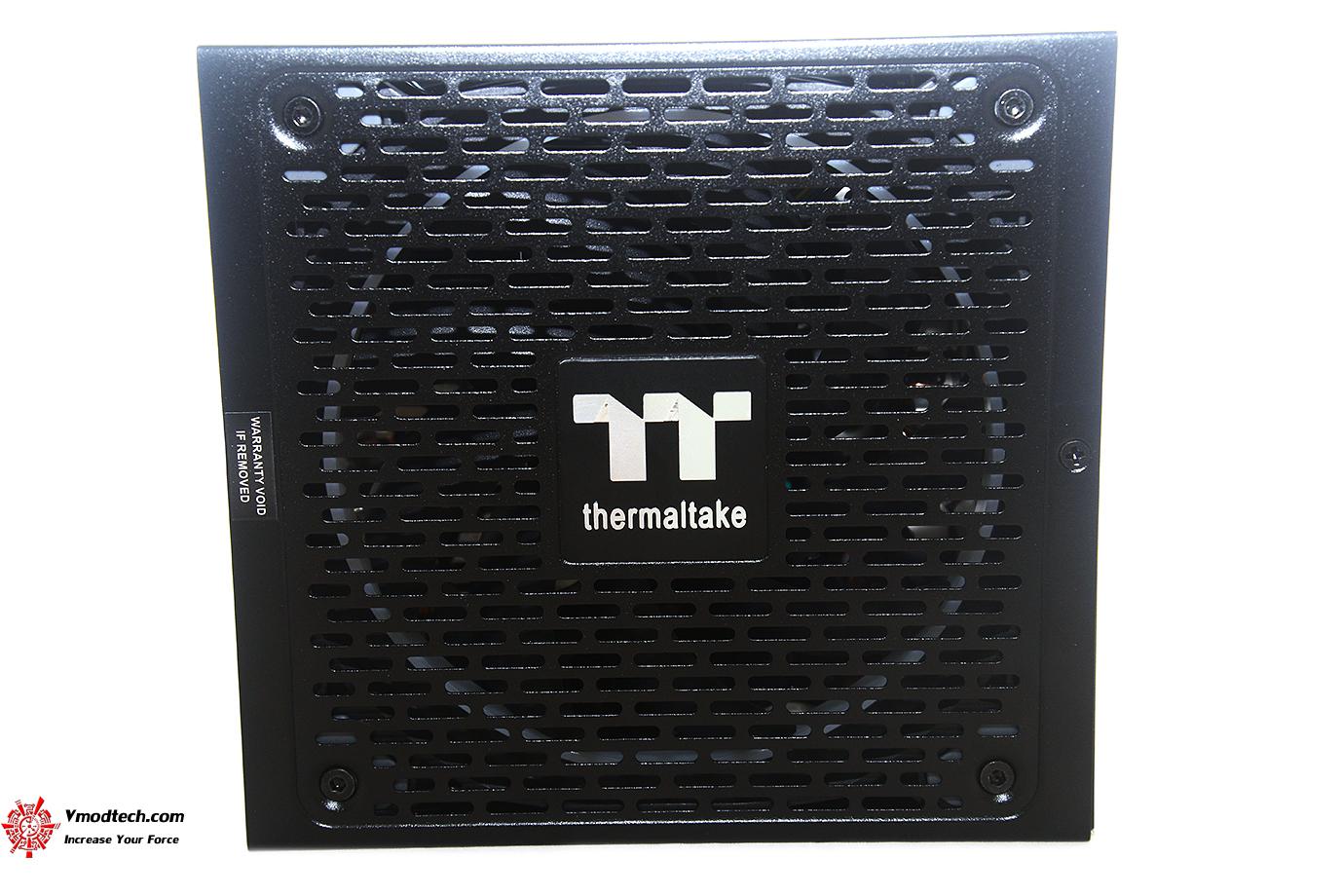 dsc 1490 Thermaltake Toughpower iRGB PLUS 1050W Platinum Review