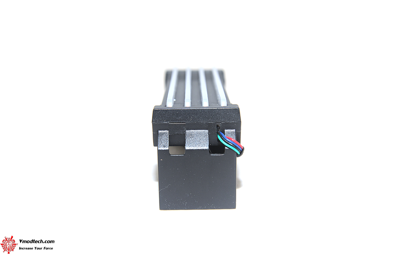 dsc 5486 Thermaltake Pacific R1 Plus DDR4 Memory Lighting Kit Review