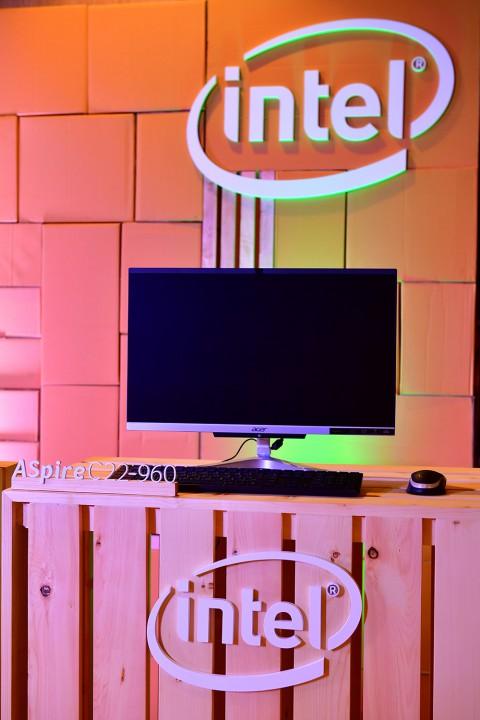 c22 480x720 Acer สินค้าร่วมกิจกรรมโปรโมชั่นแคมเปญ Together We Change