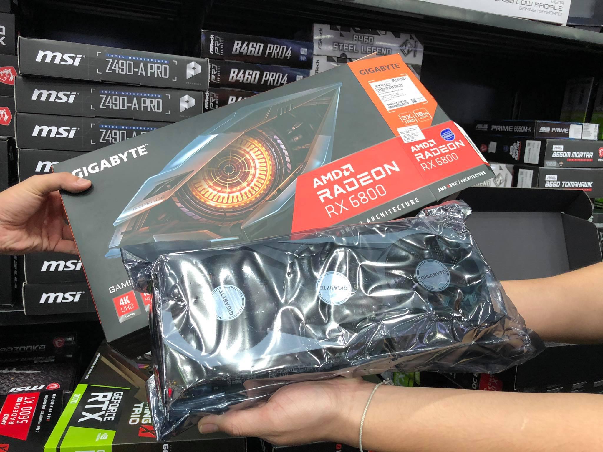 127651228 705787496711772 8698234254429956406 n ยลโฉมการ์ดจอ AMD RX 6800 มีขายแล้วที่งานคอมมาร์ท บูต IT CITY มีตัวเดียวในไทย ราคาอยู่ที่ 23,500 บาท!!!