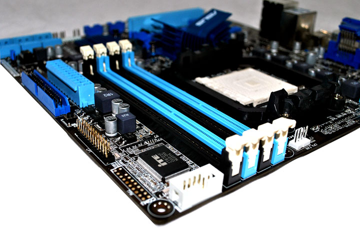520 Asus M4A88TD M/USB3 Motherboard Review