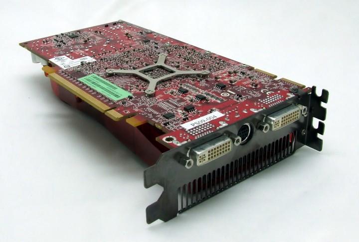 dscf7651 AMD ATI HD 4770 แบบเต็มๆ