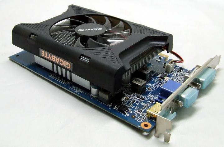 5 Gigabyte GT240 DDR3
