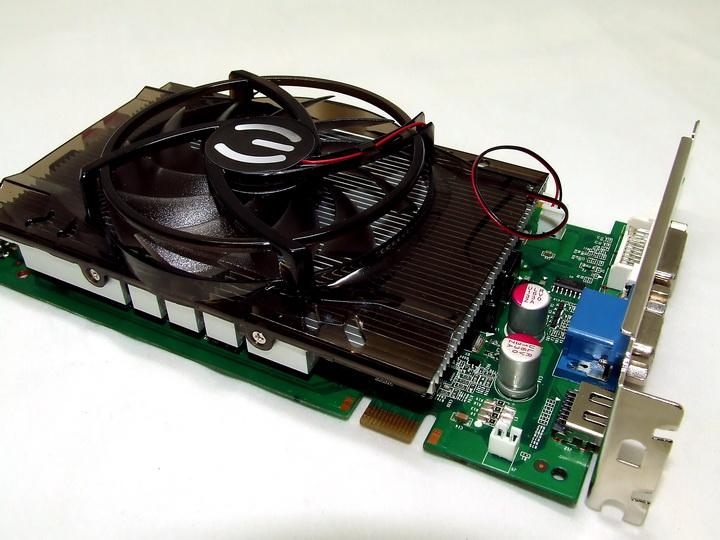 dscf1903 EVGA GTS250 1GB DDR3