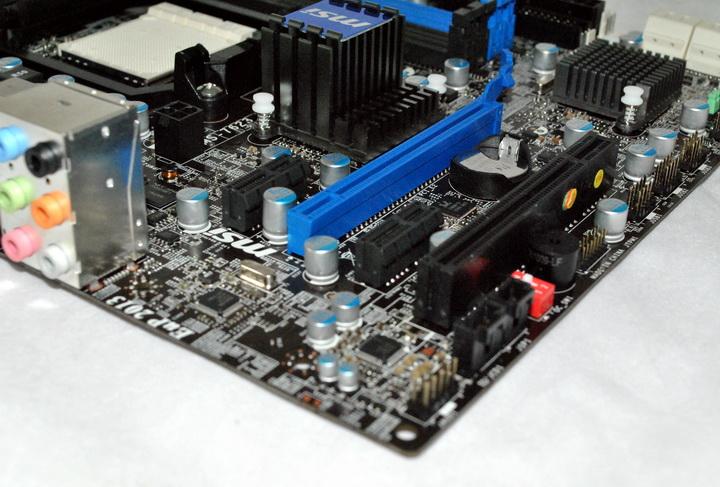 10 MSI 880GMA E45 Review