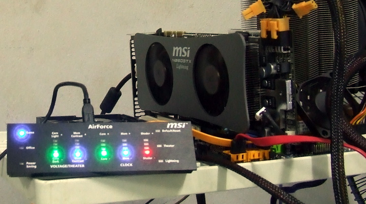 3 MSI GTX260 Lightning Black Edition