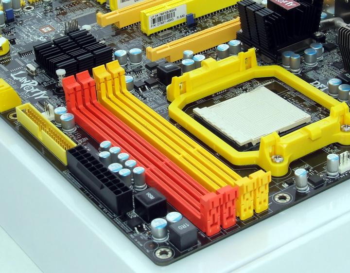 dscf8362 Phenom II955 VS  DFI DK 790 FXB M3H5