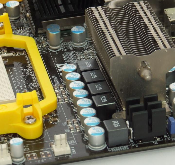 dscf8375 Phenom II955 VS  DFI DK 790 FXB M3H5