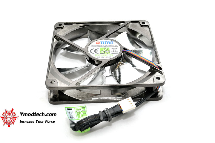 dsc 0100 TITAN FENRIR CPU Cooler Review