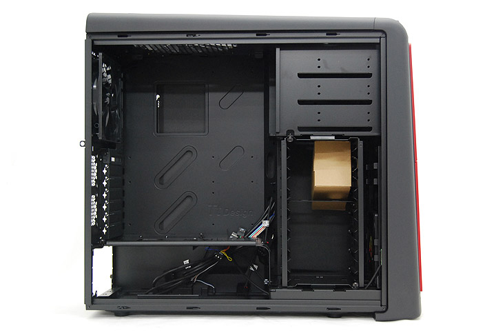 dsc 00801 Review : Thermaltake Element S