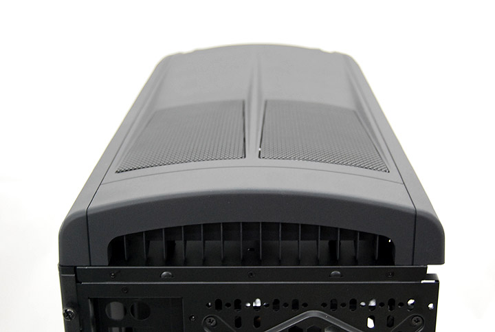 dsc 0082 Review : Thermaltake Element S