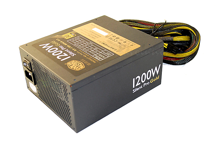 dsc 0509 Cooler Master Silent Pro Gold 1200W Preview