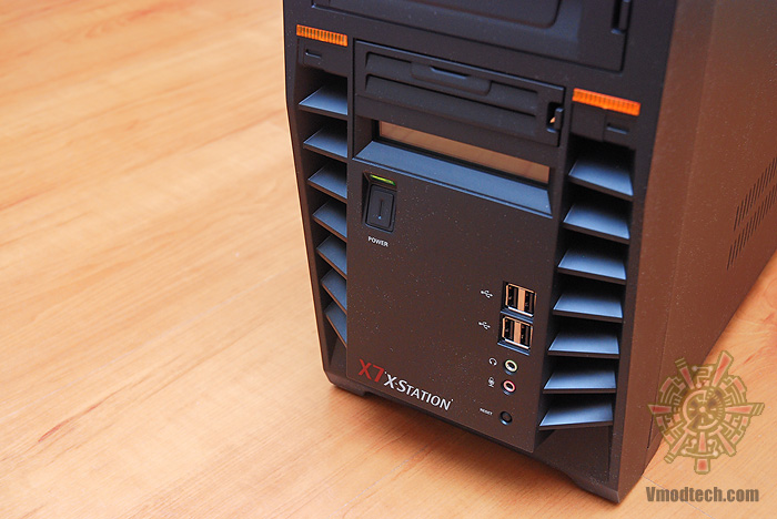 dsc 3139 Review : GMC X7 X station Mid tower case