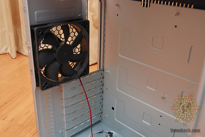 dsc 3148 Review : GMC X7 X station Mid tower case