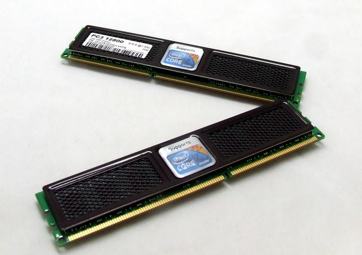 dscf0552 OCZ DDR3 PC3 12800 Intel® XMP