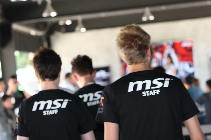 msi 0207 resize Be A Pro  with MSI Fnatic Camp