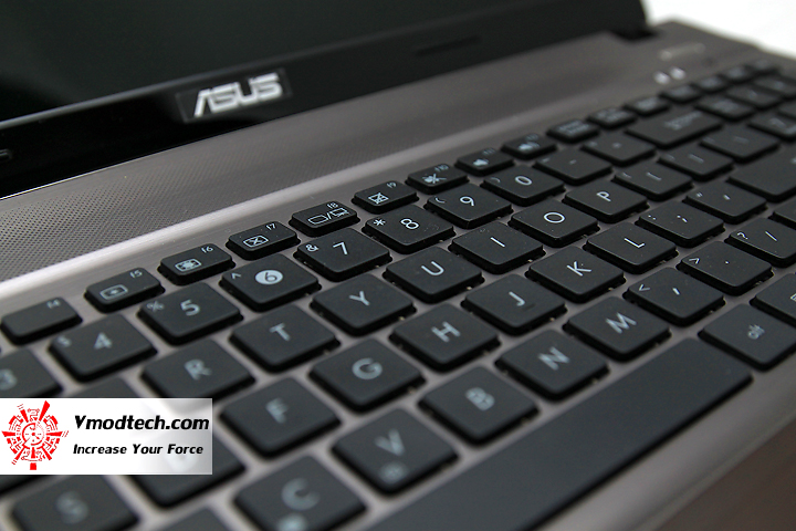 3 Review : Asus U53j notebook