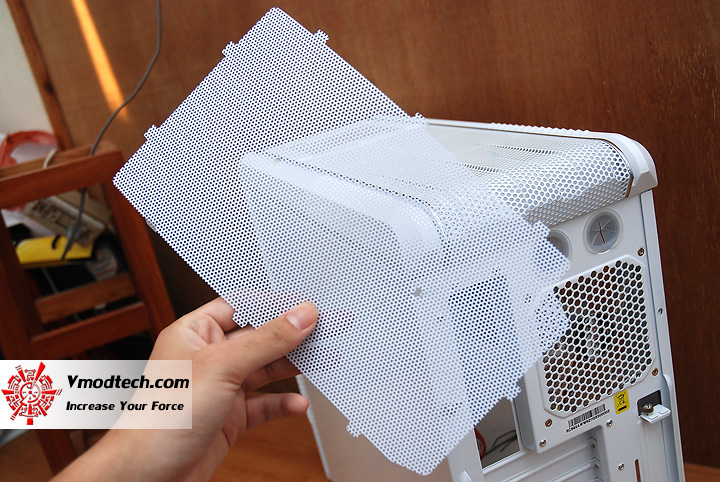 11 Review : CoolerMaster CM690 II Advanced White