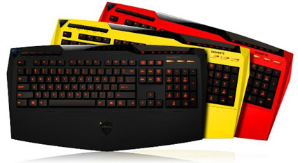 gigabyte keyboard Combo Review : Gigabyte AiVia K8100 Keyboard & M6980 Mouse & Mousepad